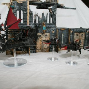 Dark Eldar Raider, Kabalite warriors, Reavers, and Archon.
